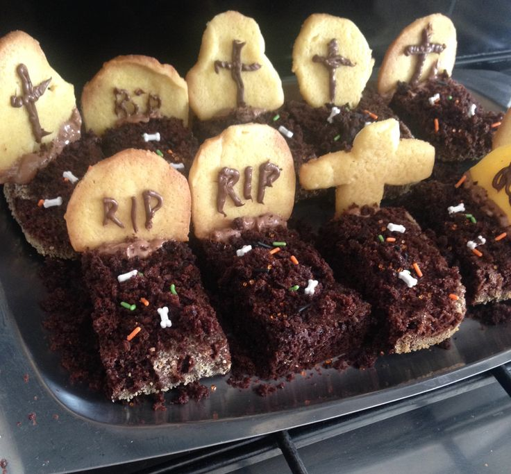 Tortone tomba per halloween