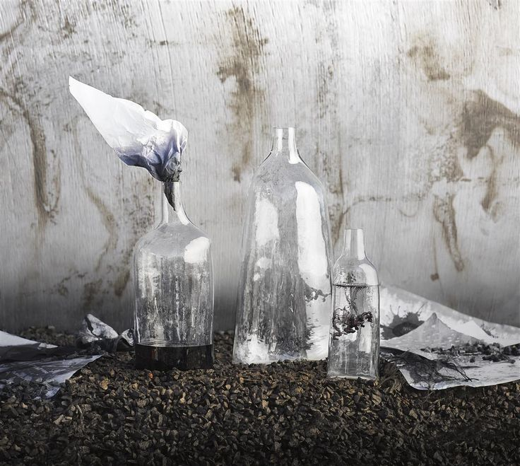 The SVÄRTAN mouth-blown glass bottles come with unusual angles inspired by India's urban landscapes. #SVÄRTAN #IKEAcollections #LimitedEdition #India #glassbottles
