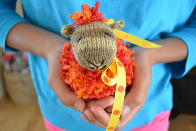 *Knit Ribbit the frog with a pattern from Spud and Chloe.