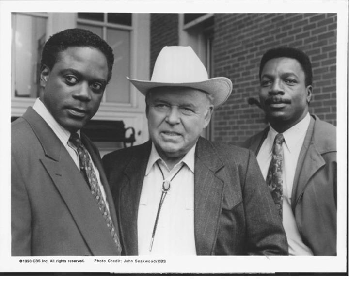 heat of the night questions In the heat of the night is a 1967 film about a black police detective from philadelphia, who becomes involved in a murder investigation in a racist small town in mississippi now listen, hear me good, mama please don't make me have to send you to jail there's white time in jail and there's .