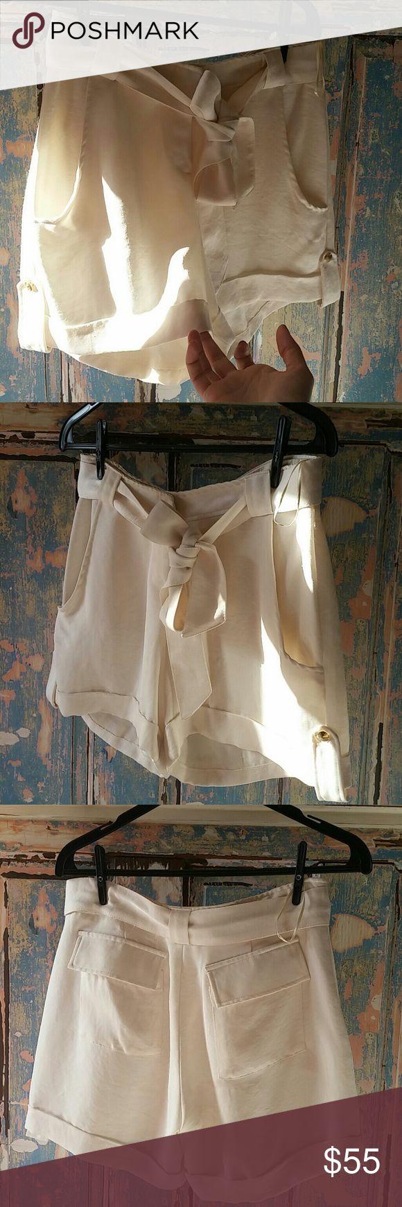 Amazing elegant shorts From Rio de Janeiro classy good finished fits small and medium Rio de janeiro Shorts