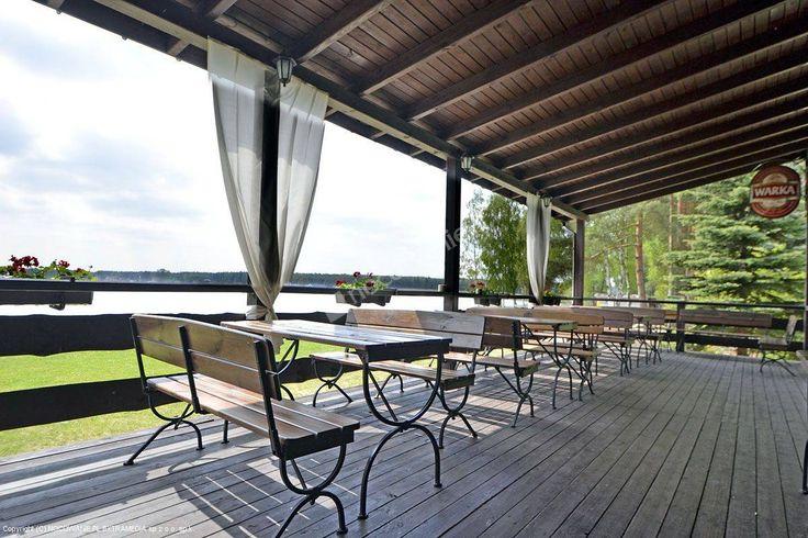 Obiekt w Kołatce posiada nowoczesną, całoroczną bazę noclegową wraz z restauracją położoną nad jeziorem Bronków w małej miejscowości Kołatka. Więcej informacji na: http://www.nocowanie.pl/noclegi/kolatka/os__wypoczynkowe/31145/