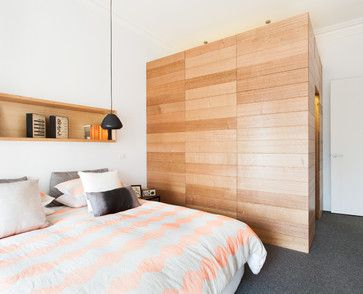 contemporary bedroom | west coast | wood wall | niche above bed | bed linen | hanging pendant | Balaclava House | ArchiBlox
