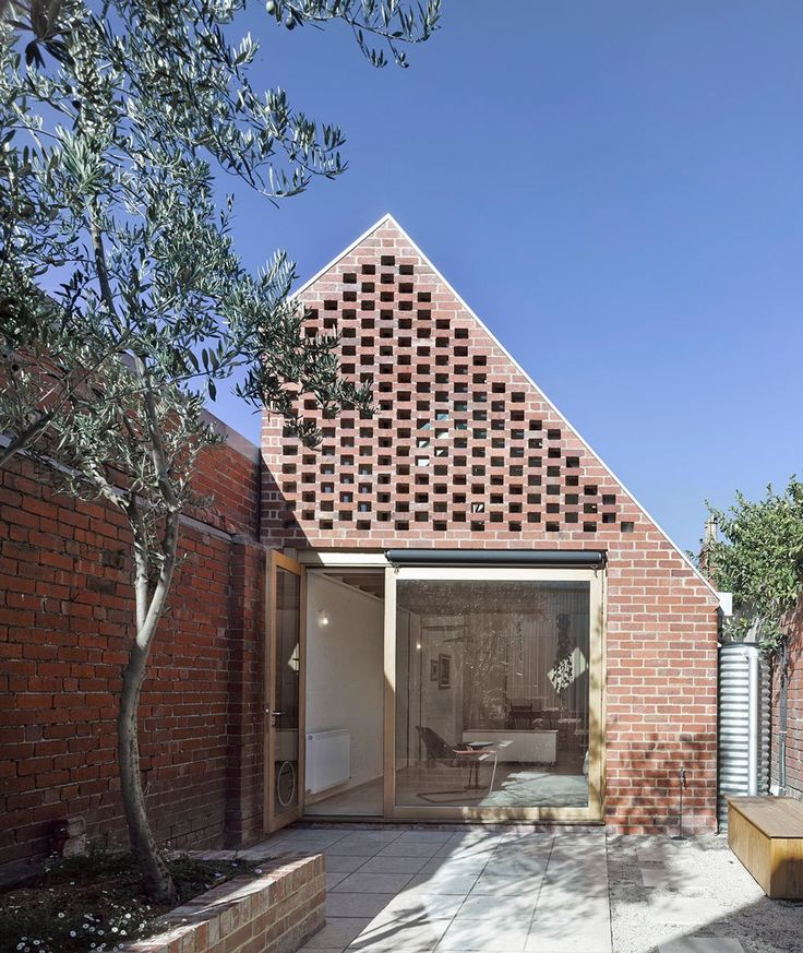 Jewel House by Karen Abernethy Architects., in Carlton, Melbourne, Australia. Photography by Scottie Cameron. More bricks and blocks on the blog.