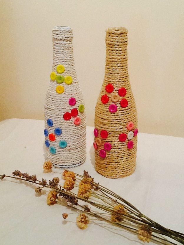 Un poco de color bottle decorations pinterest bottle for Colored bottles for decorations