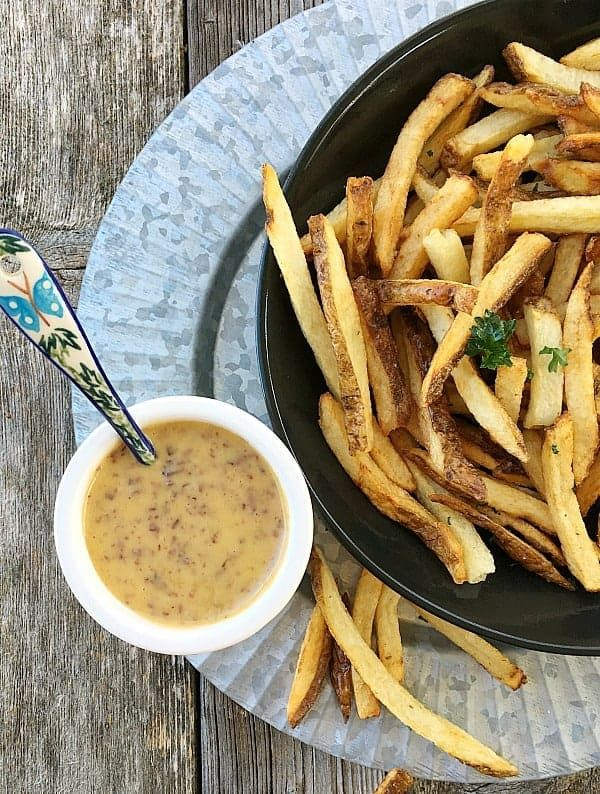 Homemade Aioli with Kalamata Olives. Amazing with french fries, burgers, steamed artichokes. Amazing, ready in less than…