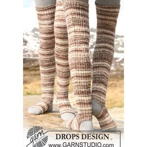 Or you could just make some leg warmers... | Easy Peasy Leg Warmers - FREE Knitting Pattern - Planet Purl