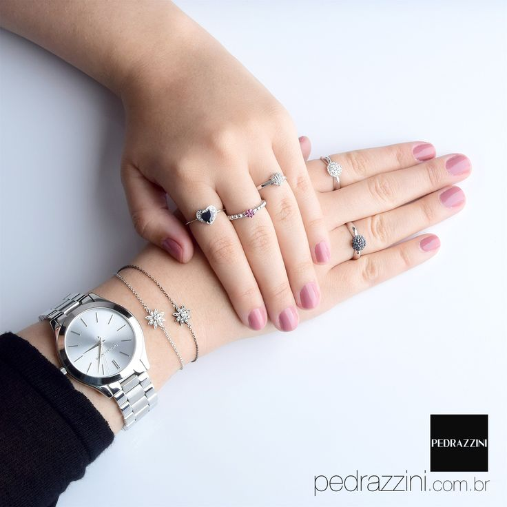 Mix de anéis delicados para usar a vida toda!! <3 :* #pedrazzini #michaelkors #mixdeaneis #pulseirismo