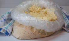 Универсальное дрожжевое тесто для хранения в холодильнике 7 дней. Рецепт теста на кефире с пошаговыми фото | Все Блюда