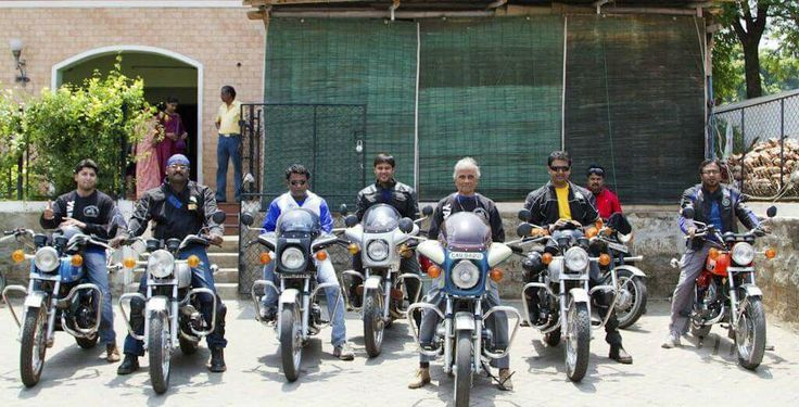 Mr Chakravarthy, worlds oldest biker shares his experiences with #Blogbeats. He truly proves age is just a number. His positive attitude and amazing life story is an inspiration to many. Have a Peak in his amazing life journey. #wonderlust #travel #bike #explore Read More- http://ht.ly/iR4b30aqtDw