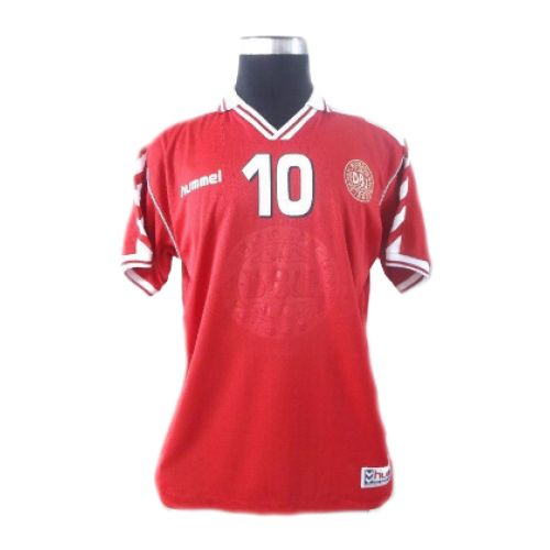 Michael Laudrup 1998-1999 football shirt Denmark. classicfootballshop.com