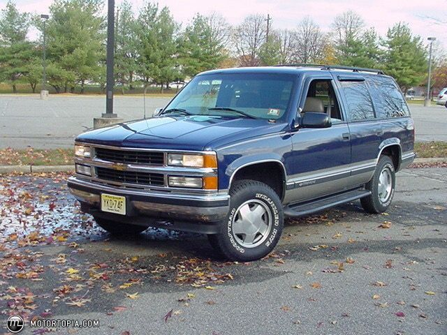 1999 Chevy Tahoe, when I grow up, I want this truck.