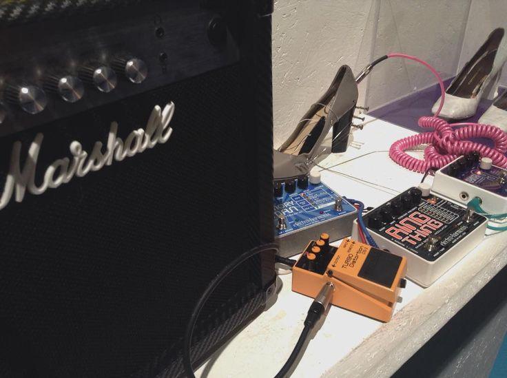 nowhere to run, no more room to pretend // #queensofthestoneage #qotsa #iappearmissing #likeclockwork #lyrics #joshhomme #joshuahomme #eaglesofdeathmetal #eodm #themcrookedvultures #kyuss #rock #rockmusic #music #band #rockband #sciencegallery #dublin #trinitycollege #trinity #college #sound #guitar #marshall #guitarpedal #theme http://butimag.com/ipost/1561156247372169629/?code=BWqV1XrgAGd