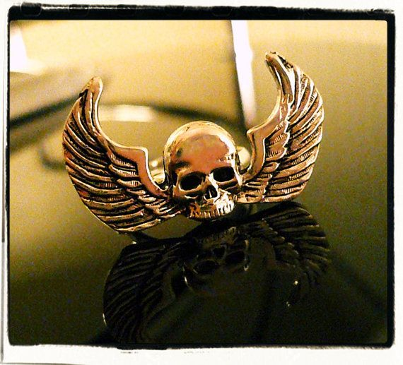 Macabre Chic Skull N Wings Ring by XenaraesRoom on Etsy