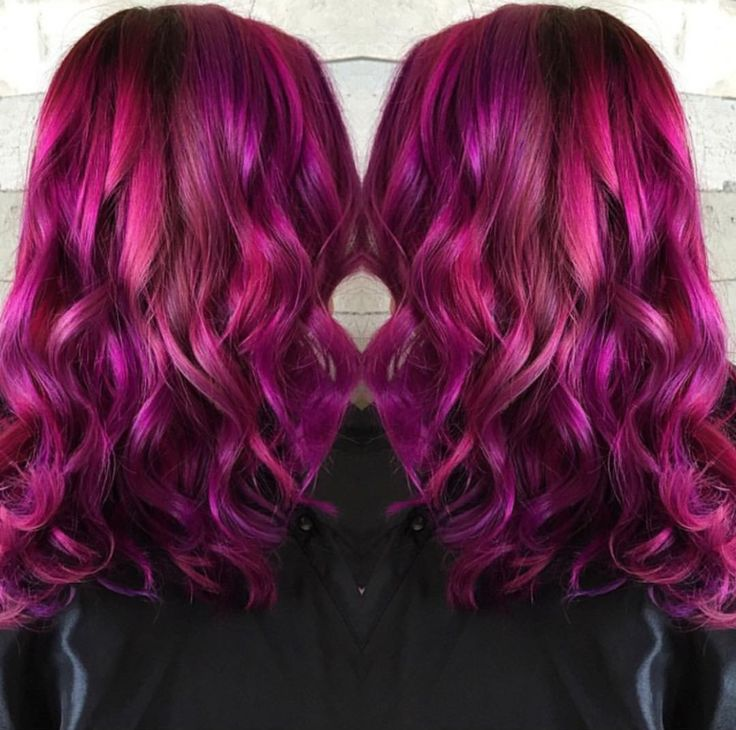 Spectacular raspberry hair color by Tara Bonhomme. Balayage Ombre Raspberry pink hair color fb.com/hotonbeautymagazine Mermaid hair