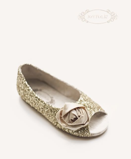 so see Miss Mia in these