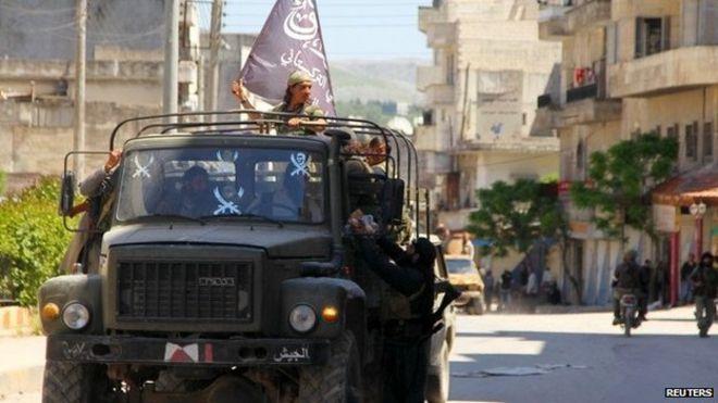 Syria conflict: Islamists capture Jisr al-Shughur - BBC News