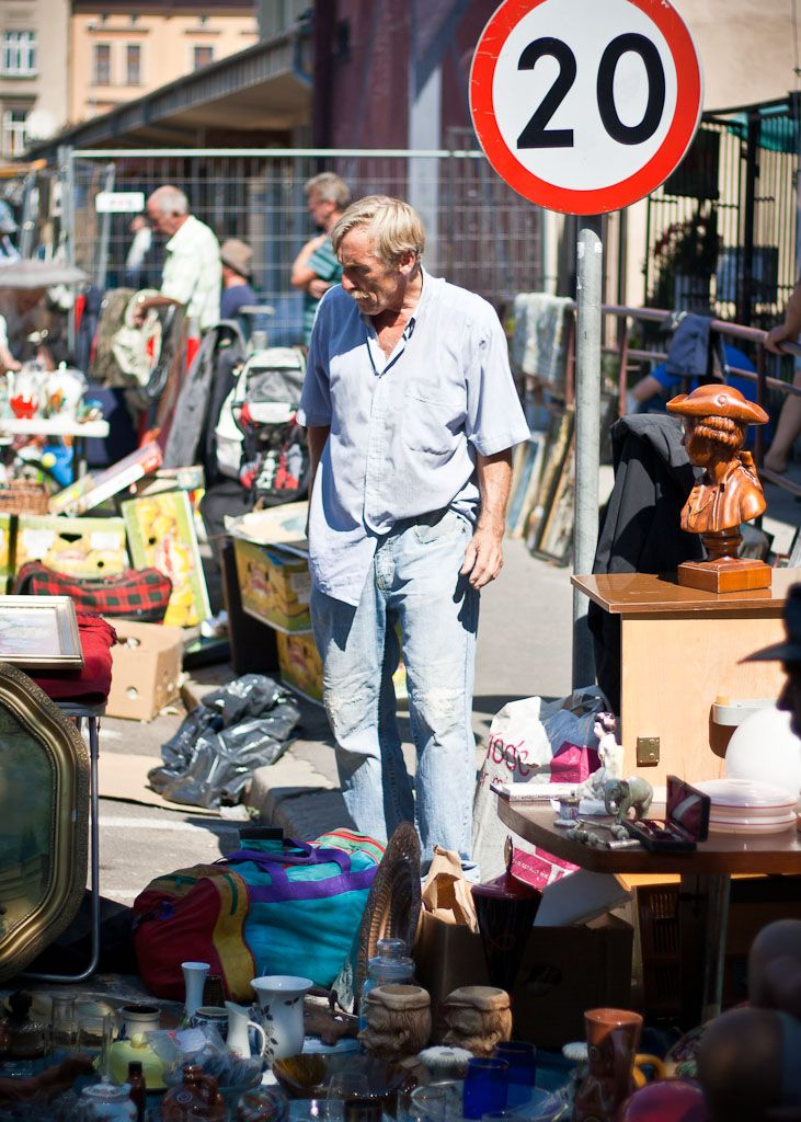 Do you love flea markets? I do. Krakow's flea market at Hala Targowa maybe your favourite place. You will find everything there - newspapers, books, bric-a-bracs, furniture and more