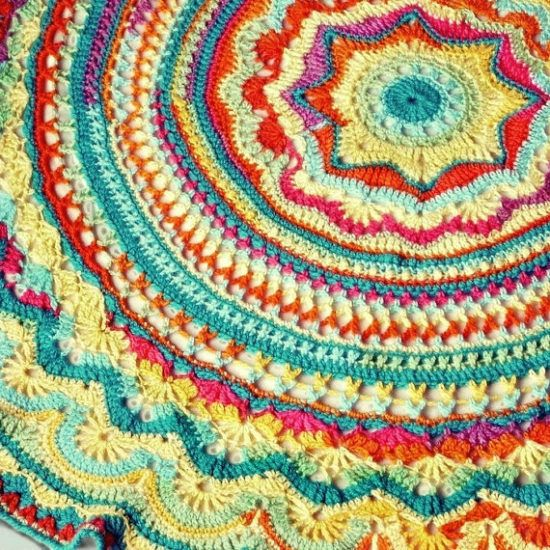 Crochet Mandala Rug - find free patterns in our post