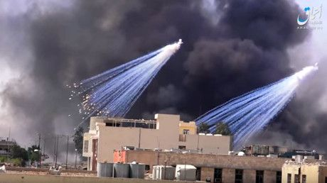 "The use of white phosphorus by the US-led coalition in Mosul is ""not within the international legal framework,"" the UN coordinator for rights group Salam for Democracy and Human Rights told RT, adding that Baghdad should launch an independent investigation.      ..."