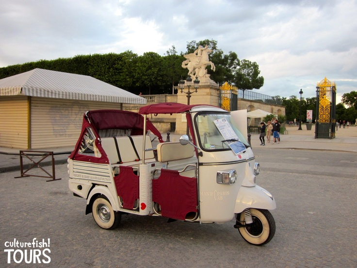 tuk tuk taxi in paris piaggio ape calessino pinterest fun taxi in paris and paris. Black Bedroom Furniture Sets. Home Design Ideas