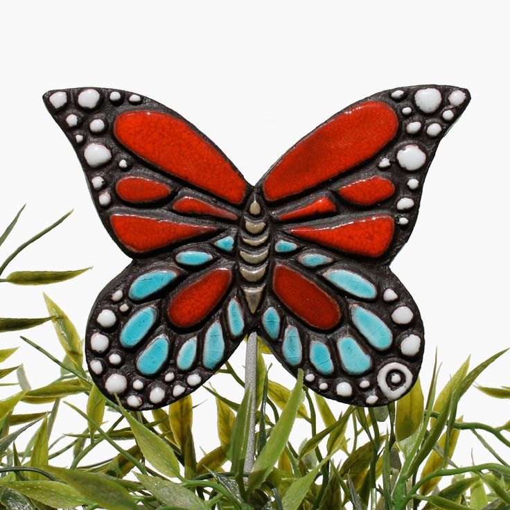 Ceramic butterfly garden art. Monarch butterfly garden decor. Turquoise & red. www.gvega.com.