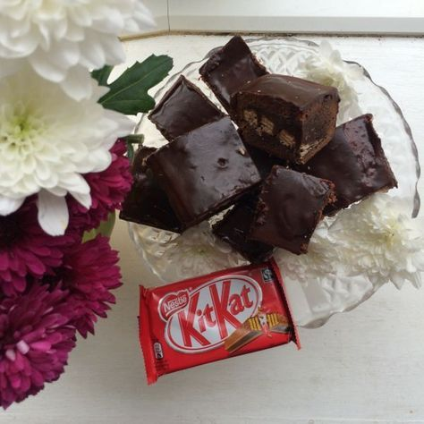 New on Culinary Travels: Harriet from Tobyandroo shares her delectable recipe for gooey, fudge-y, chocolate crammed KitKat Brownies.