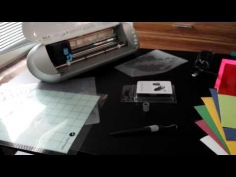 Was ist Plotten??? Eine Frage die viele haben wenn es um Dekoration oder Textilveredelung geht...im ersten Video erkläre ich euch was ein Plotter ist, wie er...