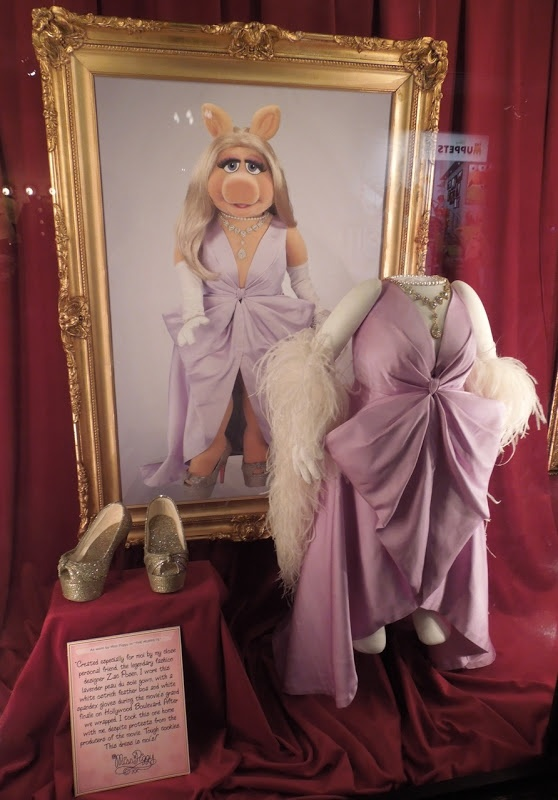 Grand finale dress worn by Miss Piggy in The Muppets