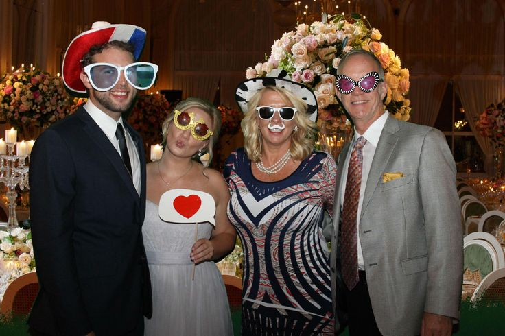 How To Stay On Top Of Your Wedding Budget | Add a TapSnap photo booth to your wedding for an unforgettable time!