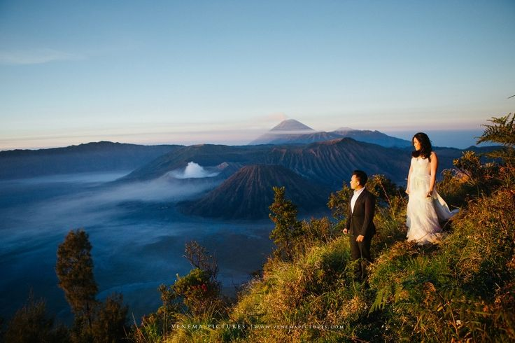 http://www.venemapictures.com/preweddings/fridian-fransiska-bromo-engagement-session-part-1/