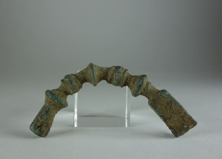 Greek bronze brooch Greek fibula, 6th-4th century B.C. 5.2 cm long. Private collection