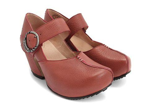 Fluevog mary jane clogs: Leader Red, Clogs, Fluevog Shoes, Curves Heels, Shoes Branding, Branding Shoes, Color, Shades Of Red, Fluevog Leader