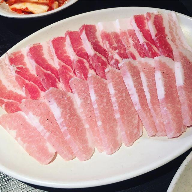 #肉の町 #食べ放題 #肉 #豚トロ #焼肉 #ランチ #安い #池袋