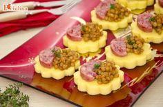 Crostini di lenticchie e cotechino