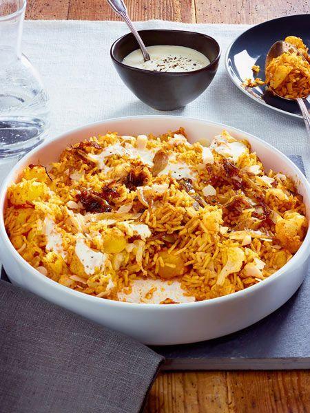 Köstlich gewürzt ist der #Reis mit #Gemüse herrlich sättigend. Einen Nachschlag, bitte! #indisch