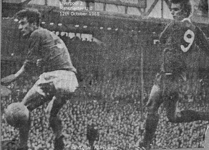Liverpool 2 Man Utd 0 in Oct 1968 at Anfield. Alun Evans scores to make it 2-0 to Liverpool #Div1