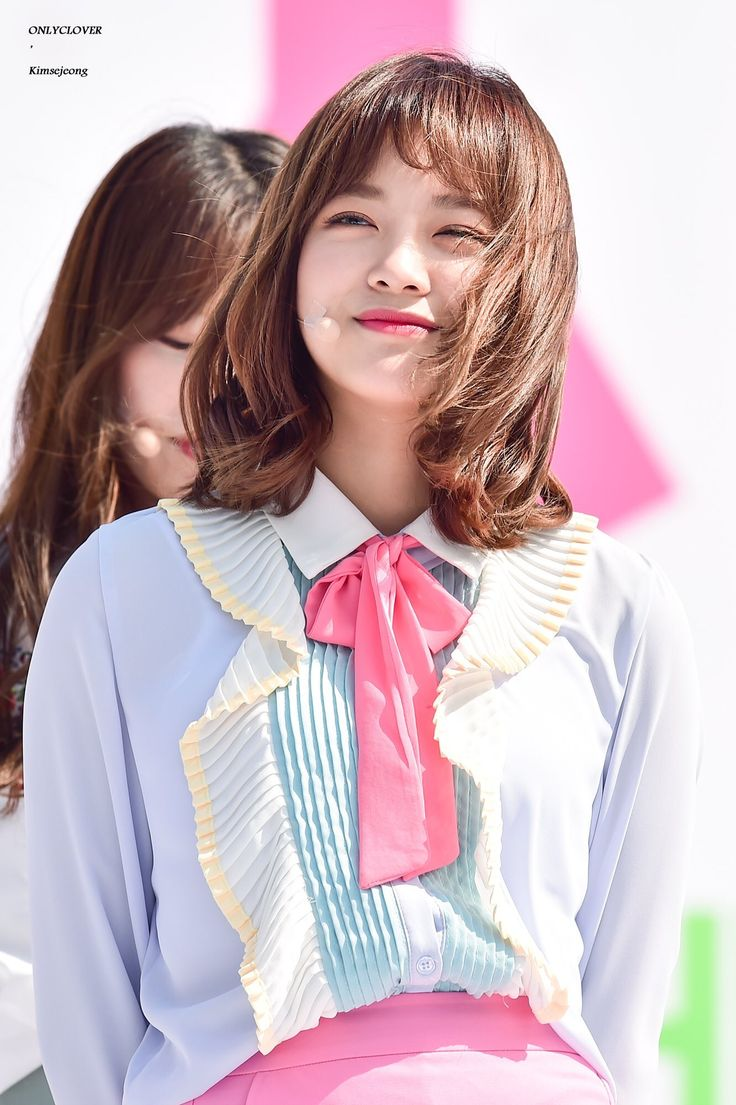 170429 - Kim Sejeong @ Incheon Festa (cr.only_clover) | Twitter