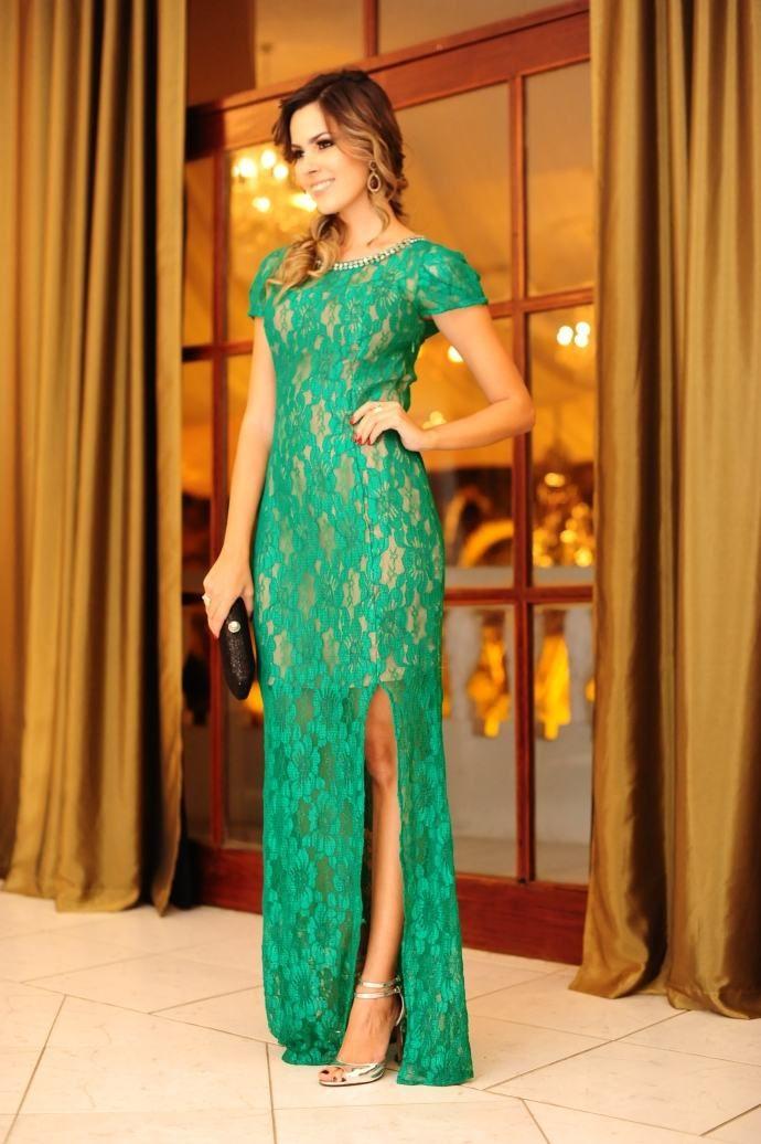 a3664e125 vestido-longo-verde-com-fenda | Madrinha em 2019 | Vestidos, Vestido ...
