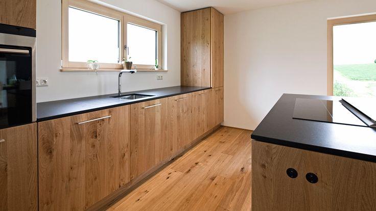 Wir planen, gestalten und fertigen Ihre individuelle Schreinerküche nach Ihren Vorgaben - Held Schreinerei   Interior Design, Freising München