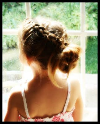 Girly Do's By Jenn: Messy Messy Hair Style| http://hairstyle266.blogspot.com