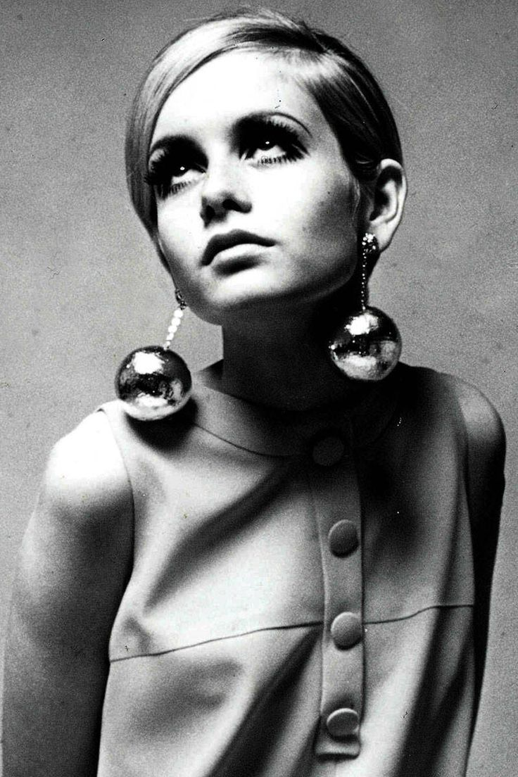 7 Iconic Hairstyles that Endure Time - Click to see the rest!