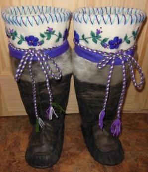 Inuit made sealskin kamiks by Annie Bowkett