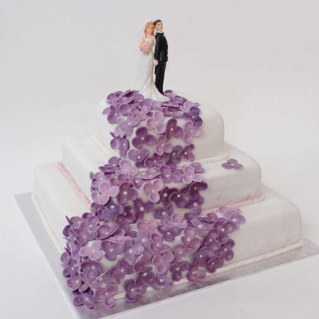 Wedding cake (svatební dort)