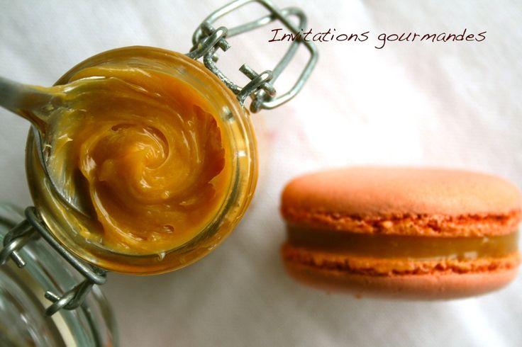 Macarons caramel au beurre salé | Invitations gourmandes