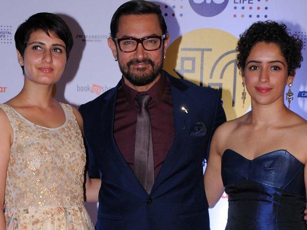 Not wrestling, Aamir Khan is teaching something else to his 'Dangal' girls!
