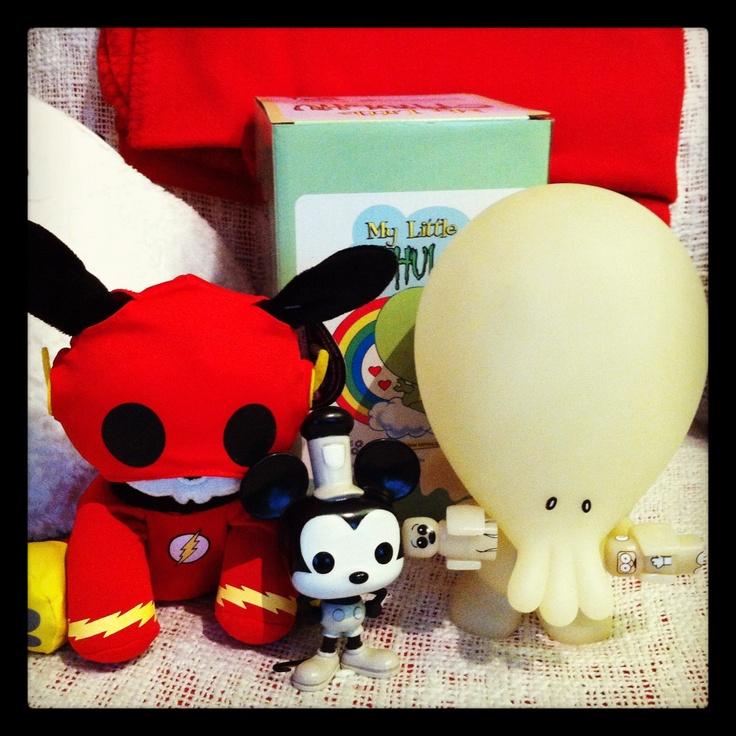 Flash Skeleanimal, Glow-in-the-dark My little Cthulhu & Funko Pop Steamboat Mickey.