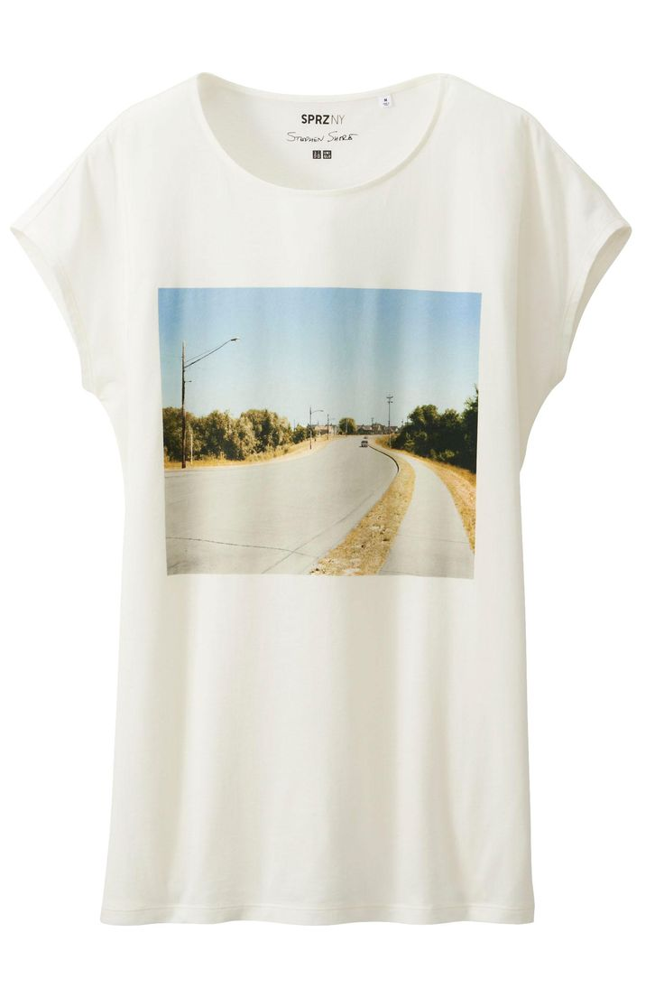 30 Cool Graphic Tees To Throw On For ANY Occasion #refinery29  http://www.refinery29.com/graphic-tees#slide18