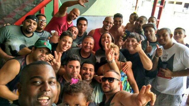 Equipe Nóia Confraternização.