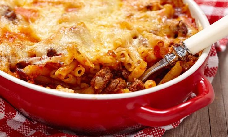 Le comfort food à son meilleur! Ce macaroni à la viande vous fera oublier tous les autres!